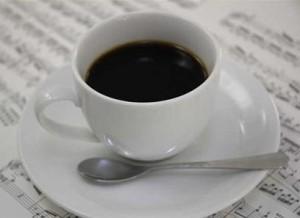 アトピー 原因 コーヒー
